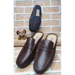 CLARKS HIGH QUALITY LUXURY MEN'S SHOE (AVAILAIBLE IN ALL SIZES) 359